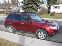 2009 Subaru Forester 2.5X AWD w hitch and bars