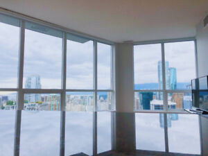 DOWNTOWN VANCOUVER MODERN LUXURY WITH AMAZING VIEW - 2 BED/BATH