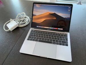 MacBook Pro 13 Touch bar RAM 16 SSD 500 French Can Applecare