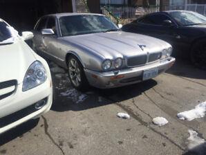 BRUTE in a SUIT! RARE-2002 Jaguar XJR(V8 SUPERCHARGED)