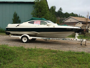 21' Regal 2100 LSR with trailer
