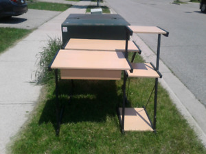 Free Computer desk & table