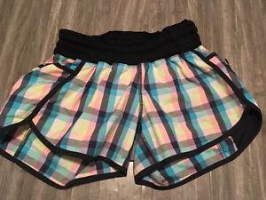 Size 6 lululemon tracker shorts