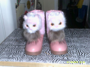 brand new pink cat boots