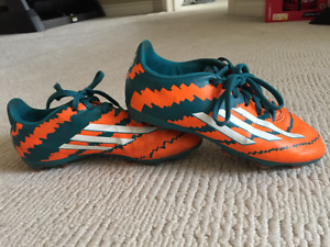 Adidas 10.1 FG Leo Messi Junior Soccer Shoes - Size 3