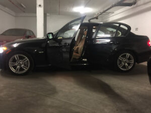 2011 BMW 328 low Km like new