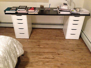 urgent sale - office desk (moving out of the province)