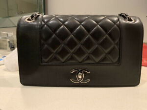 Authentic Chanel Double Flap, Large, Sheep skin, LIKE NEW