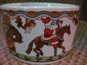 3 CHRISTMAS ITEMS: DISH, CANDLE, LARGE LOON CARD HOLDER