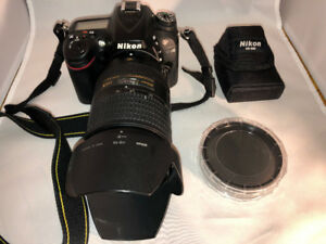 Nikon D7100 with 3 lenses + 2 flashes+extra battery +extras
