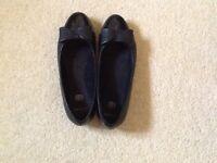 Clarks black shoes size 1F