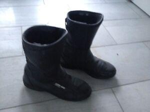 Cam-am spyder boots/bottes cam-am spyder Gatineau Ottawa / Gatineau Area image 1