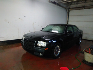 2005 Chrysler 300 drives good