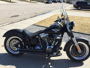 2010 Harley FATBOY Very Low Kms