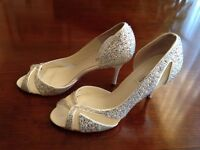 Beautiful new wedding shoes with box