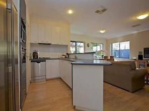 3-Bedroom House for rent in Doubleview Doubleview Stirling Area Preview