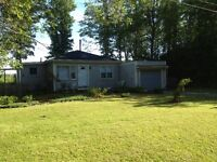 2 bedroom Bungalow for rent October 1st FORT ERIE