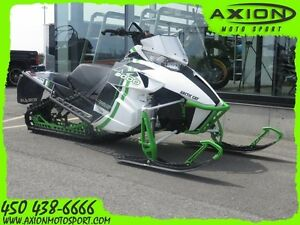 2015 Arctic Cat m8000 153 limited  seulement 233km 42,32$/SEMAIN