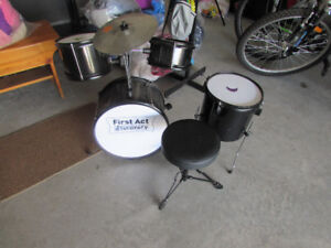 Kids First Act Junior Drum Set