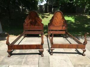 antique twin beds