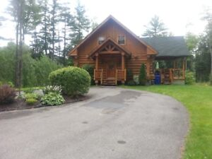 Beautiful waterfront log cottage for rent - 1 hr from Ottawa!