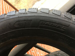 Used winter tire - GT Radial Champiro Ice Pro - 195/60R15