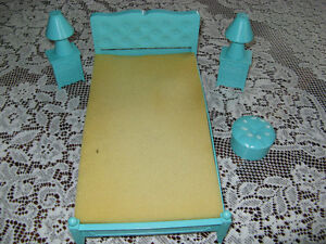 Vintage Barbie doll bedroom set