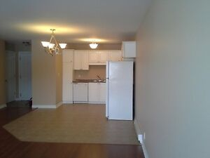 $850 - 630 Millidge - 2 Bdrm, Basement, Laundry, Move In Ready!