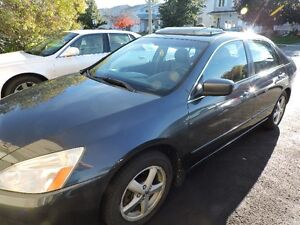2005 Honda Accord EX L Sedan  Leather/SunRoof JUST REDUCED