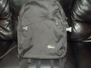 Lowepro Mini Trekker Classic Backpack Camera Bag