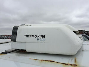 Used ThermoKing V-300 Roof Top Refer Unit.
