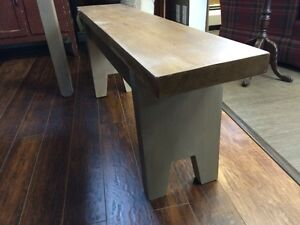 HANDCRAFTED CEDAR BENCH GREY BASE - GORGEOUS!! Kitchener / Waterloo Kitchener Area image 2