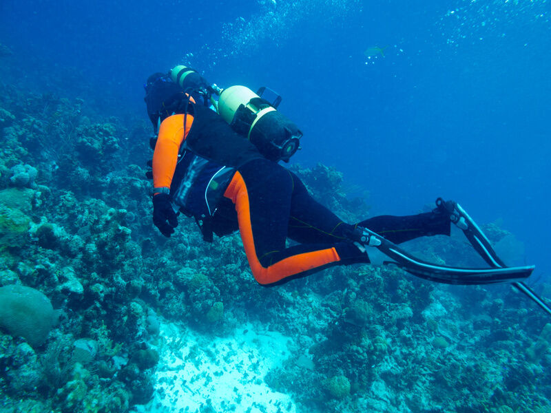Your Guide to Buying Diving Equipment