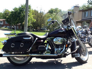 2005 Harley Davidson Road King Classic Black Cherry Pearl