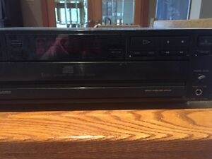 Sony 5 disc CD Player Kingston Kingston Area image 2