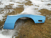 1971 1972 FORD MUSTANG R/S FRONT FENDER WITH ORIGINAL PAINT