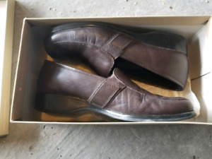Naturalizer Size 8 Women's dress shoes