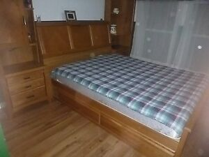 MAKE A REASONABLE OFFER...SOLID WOOD QUEEN BEDROOM SET