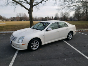2006 Cadillac STS ONLY 90,000kms!