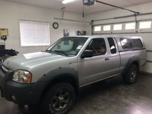 2002 Nissan Frontier XE 6 Cylinder 4X4 Pickup Truck