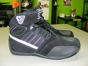 Lightweight Riding Shoes - NEW at RE-GEAR Kingston Kingston Area image 2