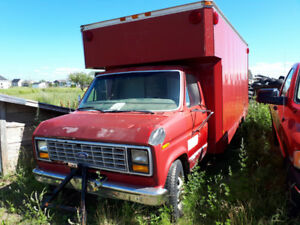 camion Ford cube