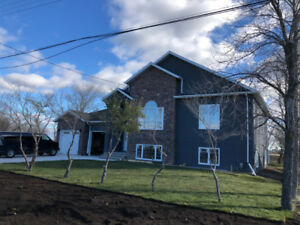 Headingley Brand New Build 5 Bedroom $1,000,000 home. Furnished.