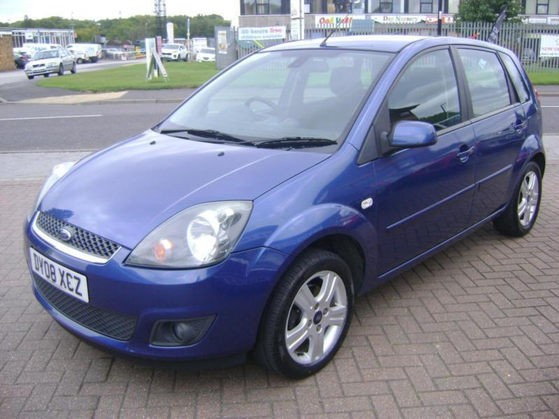 Ford Fiesta 1.6TDCi 2007.25MY Zetec Climate FIVE SERVICE STAMPS