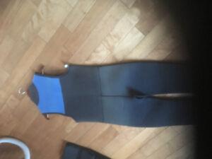 Mare Wet suit   2 pieces   Open Shoulder and short suit   5mm
