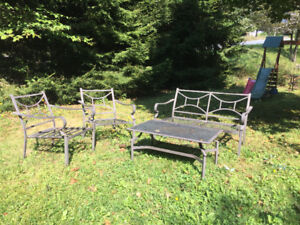 Patio set, love seat, coffee table with two chairs 150$
