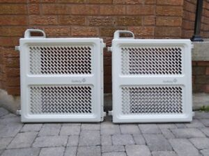 """TWO """"Safety 1st"""" Style Perfect Fit Gate"""" Safety Gates"""