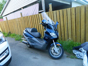 SCOOTER PIAGGO X9 500cc West Island Greater Montréal image 7