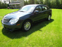 2007 Chrysler Sebring Sedan loaded 2.4 cyl engine, mint