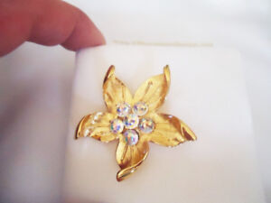 Gold Floral Star Brooch Pin by Fifth Avenue Collection - New
